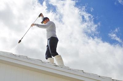 iStock 157419698%20MC%20travaux%20t%20Ok Terrasse, toiture, façade : les travaux à réaliser pendant l'été