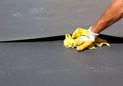 iStock 488359604%20EPDM%20Ok%20MC Étanchéité et végétalisation des toitures : avez vous pensé à l'EPDM ?