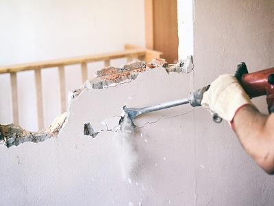 iStock 865837062%201%20paint Comment ouvrir un mur porteur ?