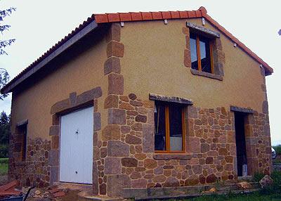 construction-maison-pierre-reconstituée